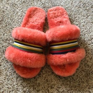Shoes - emu australia fuzzy slides